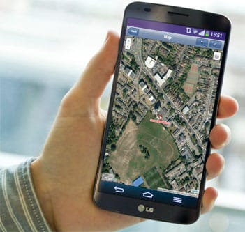 free online GPS tracking on a mobile phone